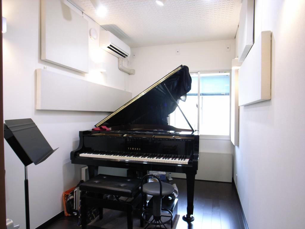 マンションにピアノ教室。