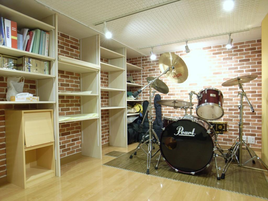 半地下室でのドラム防音室 画像1